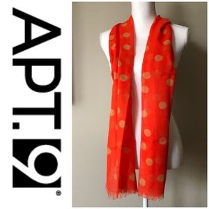 New, with tag APT. 9 Infinity Scarf